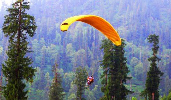paragliding in bilaspur solang valley