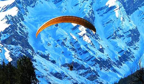 paragliding in dharamshala