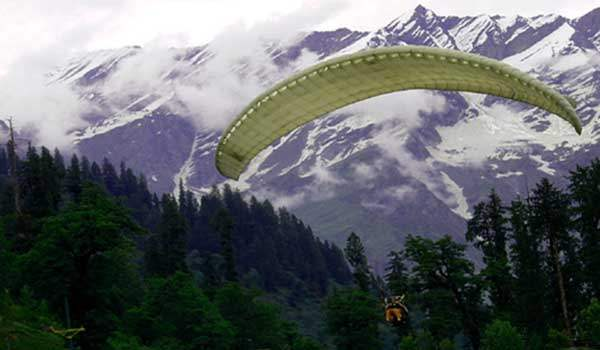 paragliding in manali1