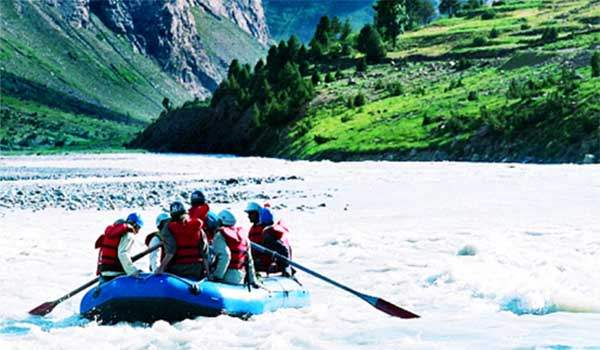 water sports and river rafting in himachal pradesh